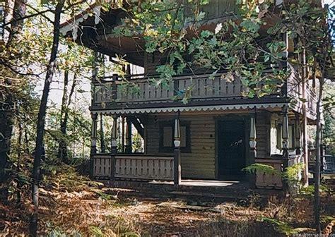 Haus Im Wald by Urbex Sachsen