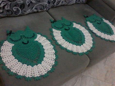 tapetes coloridos de croche jogos e amostra decoracao jogo de tapetes para banheiro de croche coruja r 99