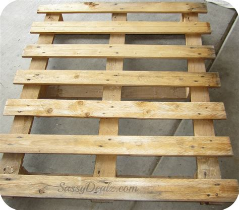 pallet woodworking diy how to make an american flag out of a wood pallet