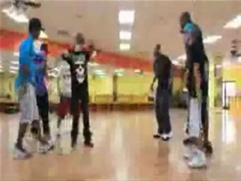 bobby shmurda teaches the breakfast club how to do the teach me club 59 2011