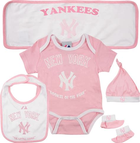 Set Yankees Baby Blue 1 new york yankees newborn pink 5 hanger gift set 40