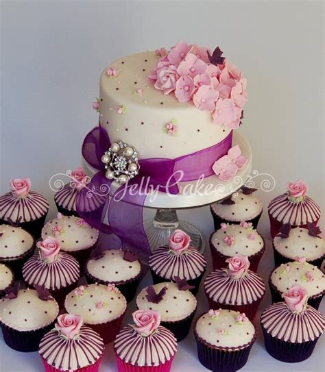 Wedding Cake Cup by Cupcakes And Mini Cakes Jellycake