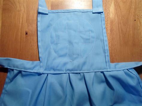 tutorial nursing apron tutorial dress up nurse apron olga the d i wife
