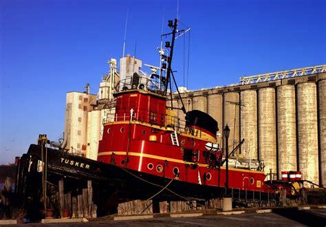 tugboat sarnia grain terminal getreide umschlaghafen mapio net