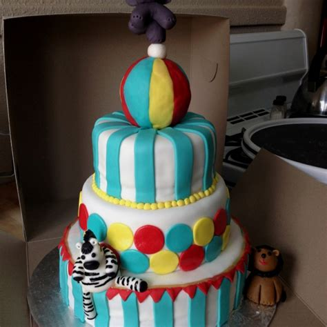 Circus Themed Baby Shower Cakes by Circus Themed Baby Shower Cake Baby Shower