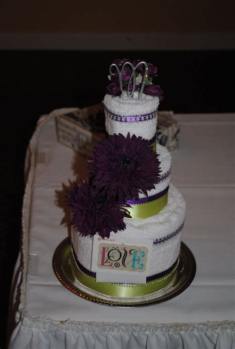 Towel Cakes For Bridal Shower by 17 Best Images About Bridal Towel Cakes On