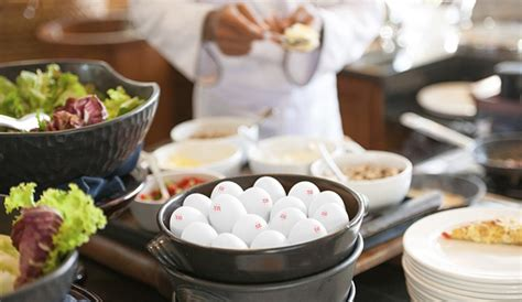 famous chefs and entrepreneurs in the food service food service eggland s best
