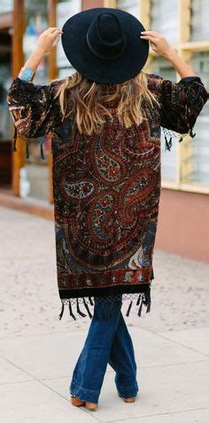 Gladys Kotak Dusty D4 d ranch ponchos and blankets on