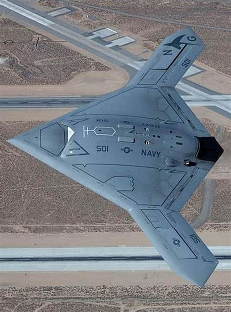 drone plane with wordlesstech new view of stealthy drone x 47b