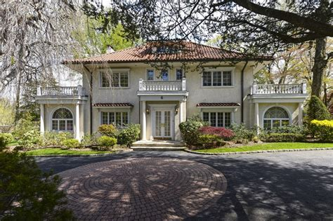 great gatsby house great gatsby property listed house pictures