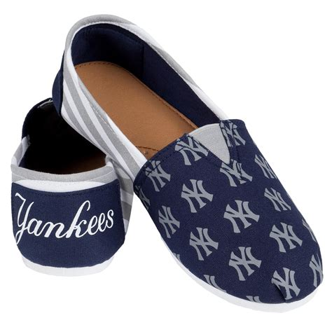 yankee slippers mlb s new york yankees navy white gray slipper