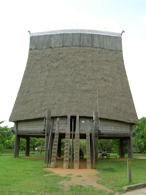 viet house file vietnamese stilt house jpg wikimedia commons