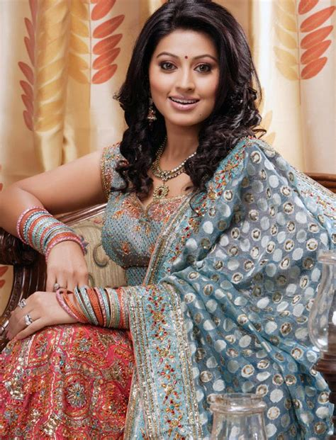 bollywood actross in sri lankan style saree 63 best images about sneha on pinterest celebrity