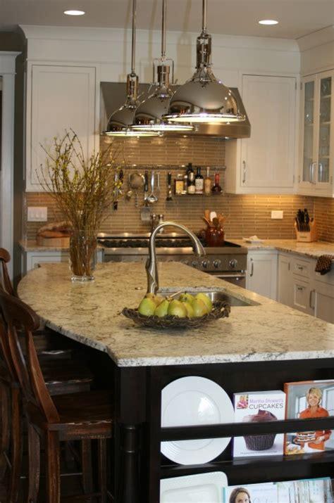 Curved Island Kitchen Designs Curved Kitchen Island Transitional Kitchen Kitchen Studio Of Glen Ellyn