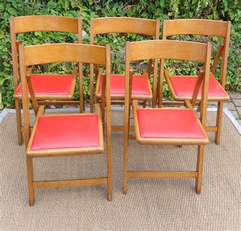 cinq chaises pliantes vintage assise en ska 239