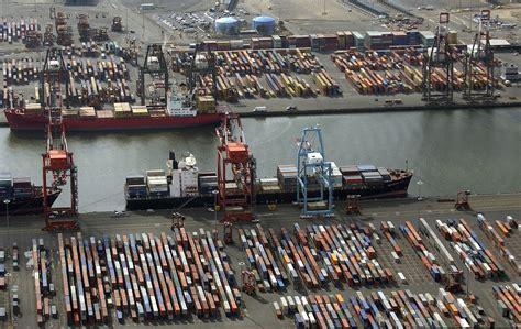 new york port new york city port strike longshoremen launch