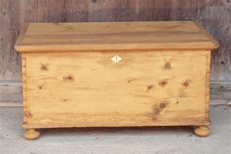 Alte Holztruhe Restaurieren by Alte Antike Truhe Holztruhe Kiste Holzkiste Bauernm 246 Bel