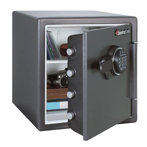 Sentry Gun Cabinet by Sentrysafe Gun Safes Cabinets Upc Barcode Upcitemdb