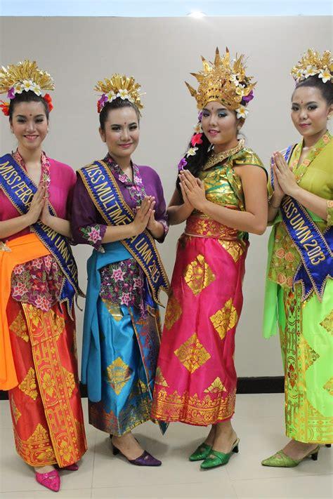 Boneka Wisuda Area Makassar quot sanggar nusantara dot quot jakarta sewa baju bali