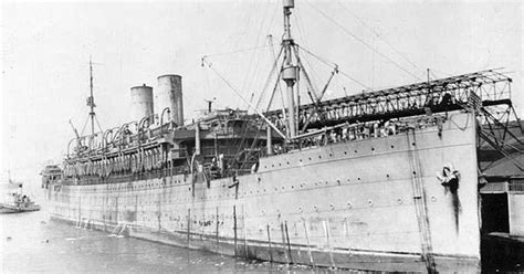 liberty ship wikipedia the free encyclopedia twin stack steamer troop carrier wwii steamships ocean