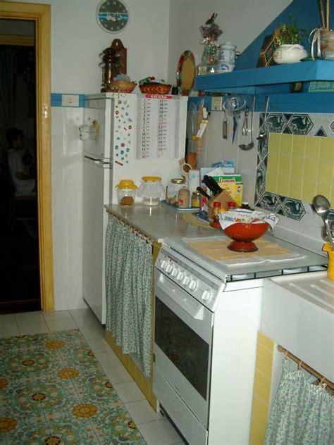 cucina con tendine stunning cucina in muratura con tendine pictures ideas