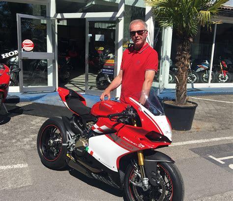 Ducati Racing Aufkleber by Ducati Panigale 1299 S F 252 R Die Rennstrecke Motorrad