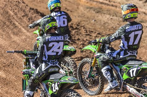 how much do pro motocross riders 100 how much do pro motocross riders make behind