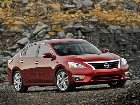 2013 Nissan Altima Sedan by Nissan Altima Sedan 2013