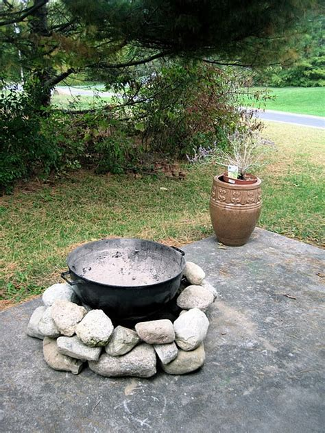backyard diy fire pit 40 backyard fire pit ideas renoguide