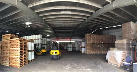 Warehouse Ceiling Height by Warehouse Benoi Sector 40 Foot Container Access 8m