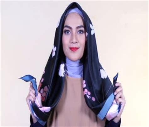 tutorial jilbab satin simple tutorial hijab segi empat simple satin 55 detik 1000