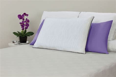sealy memory foam bed pillow sealy optimum memory foam king bed pillow with optigel