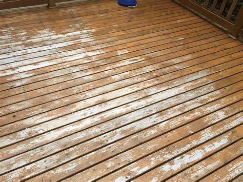 applying  maintenance coat  twp twp stain