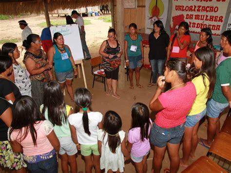 imagenes niños indigenas comunica 231 227 o choque etnocultural 233 amea 231 a 224 l 237 ngua e