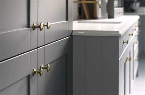 choose  kitchen door handles wren kitchens