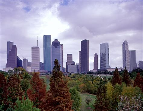 www hou houston population continues to grow re max realty west