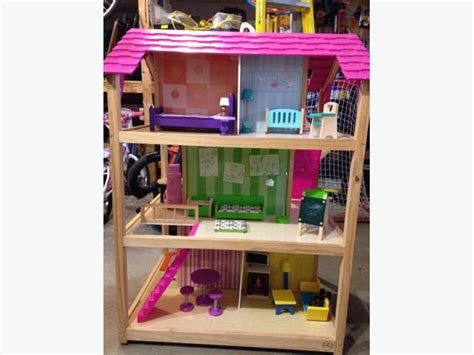 kidkraft so chic doll house kidkraft so chic dollhouse west shore langford colwood metchosin highlands victoria