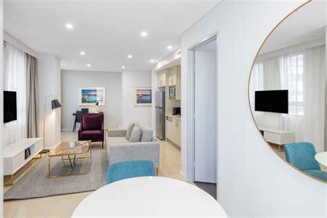sydney luxury hotel rooms cbd accommodation the one bedroom luxury suite pitt street sydney meriton suites