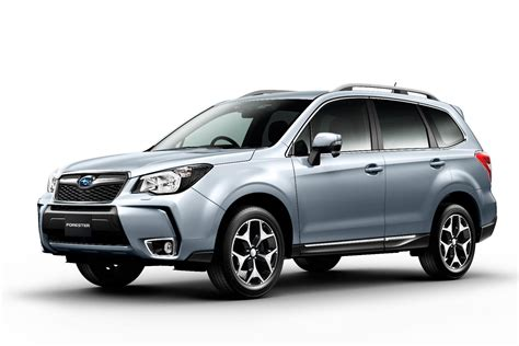 subaru forester suv review carbuyer