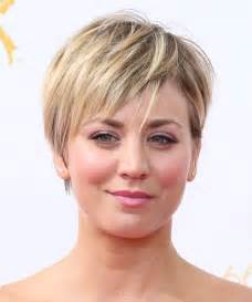 sweeting kaley cuoco new haircut kaley cuoco short straight hairstyle medium blonde