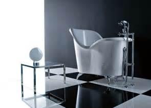 vasche da bagno con piedini prezzi vasca con piedini forse non in bagni classici a