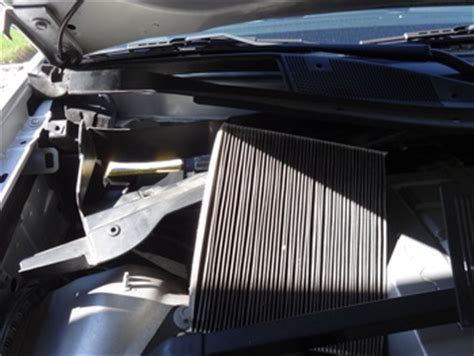 Bad Cabin Air Filter Symptoms by Gm Cabin Filter Maintenance Car Repair Information From Mastertechmark