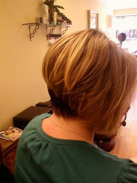 back of short inverted bob with sides behind ears short angled bob back view stacked inverted bob side