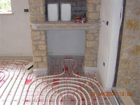 riscaldamento a pavimento polvere impianto di riscaldamento