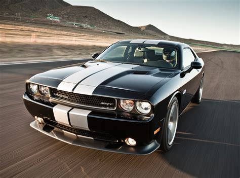 2014 srt challenger price dodge reduces price of 2013 challenger srt8 by almost five