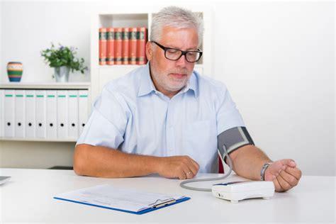 wann spricht niedrigem blutdruck hoher blutdruck ab wann ursachen symptone was tun