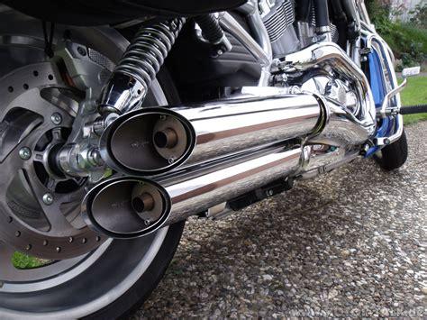 Motorrad Auspuff Pfeift by Harley V Rod Remus Auspuff 09 002 Pfeifen Fietschen Ab