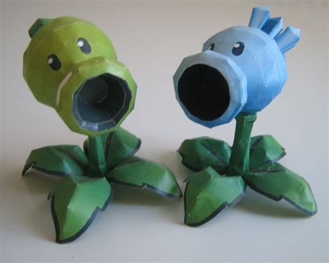 Plants Vs Zombies Paper Crafts - paper vs zombies a site about pvz paper craft page 3