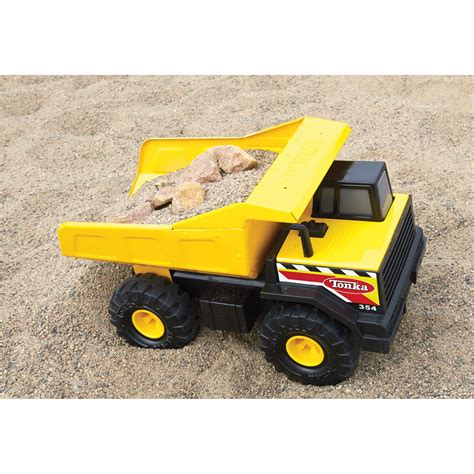 tonka truck tonka steel mighty dump truck construction