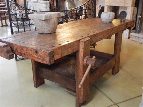 banchi da falegname vecchi antico tavolo da falegname vecchi mobili da mestiere